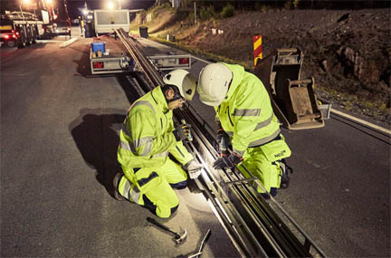 Roads fitted with conductive technology are paired with electric vehicles