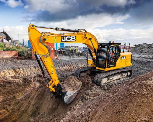 JCB 220X crawler excavator has an operating weight of 51,723 pounds.