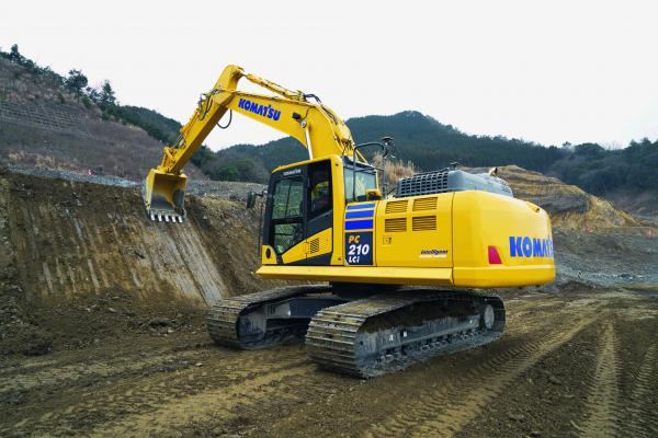 Komatsu PC210LCi-11 hydraulic excavator is a second-generation model with Intelligent Machine Control