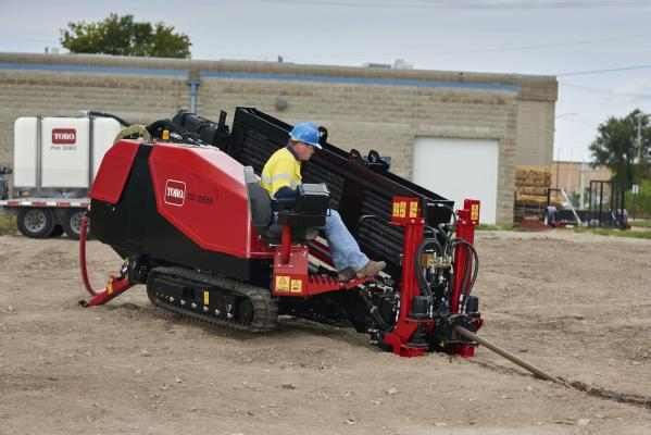 The DD2226 horizontal directional drill has 22,000 pounds thrust/pull-back