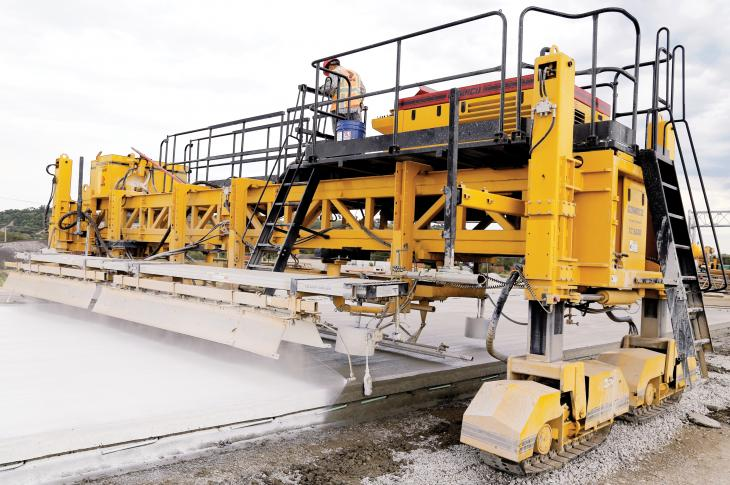 GOMACO T/C-5600 concrete paver is a four-track unit