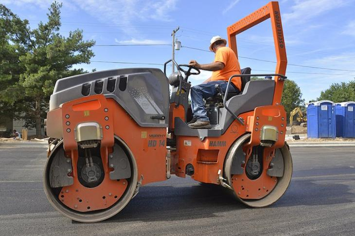 Hamm single drum soil compactor