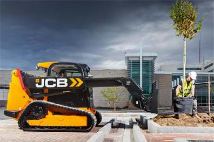 JCB Teleskid has a telescopic boom.