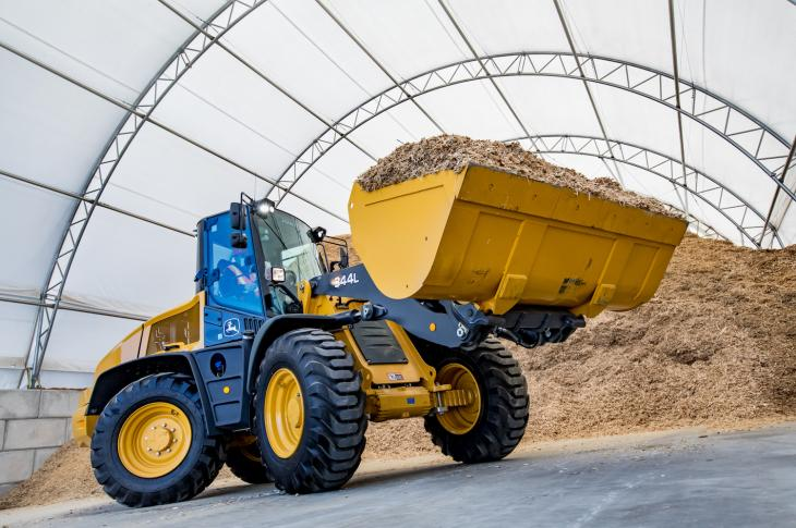 John Deere 344L wheel loader features a Tier 4-F engine and auto-shift transmission