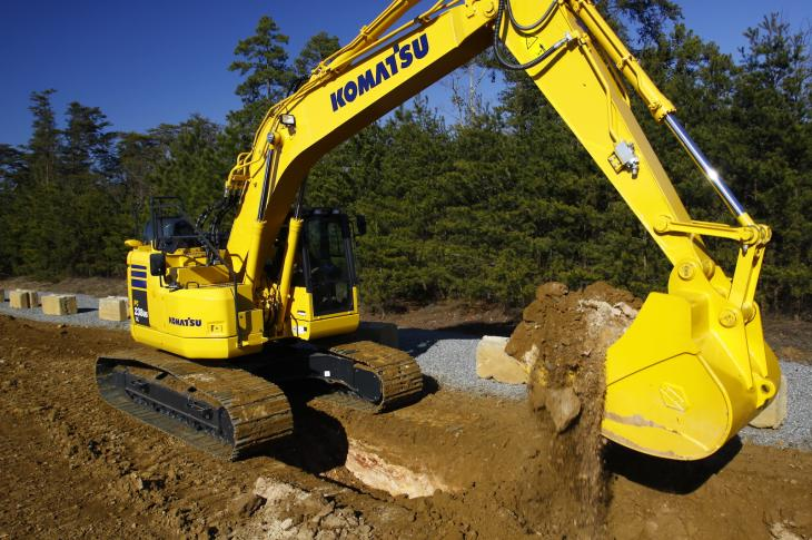 Komatsu PC238USLC-11 excavator uses a 6.69-liter Komatsu SAA6D107E-3 engine rated at 167 net horsepower.