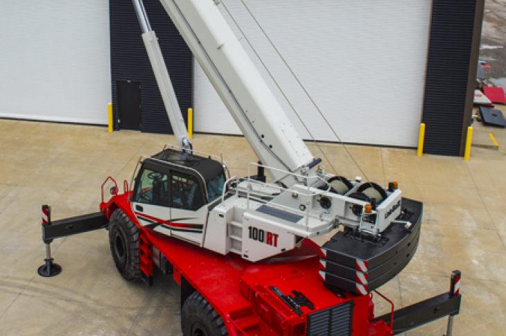 Link-Belt 100RT rough-terrain crane has a five-section boom