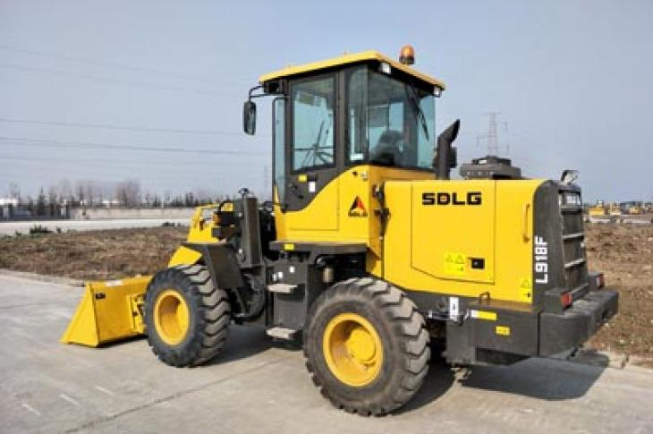 SDLG expands its North American wheel loader line up with the L918F.