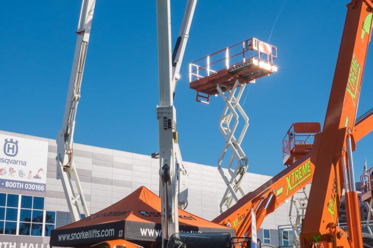 Snorkel SR5719 telehandler has an operating weight of 10,360 pounds