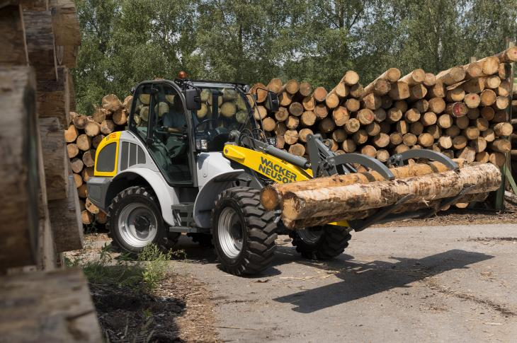Wacker Neuson 8115L wheel loader is a 100-horsepower all-wheel-steer unit with an operating weight of 13,338 pounds.