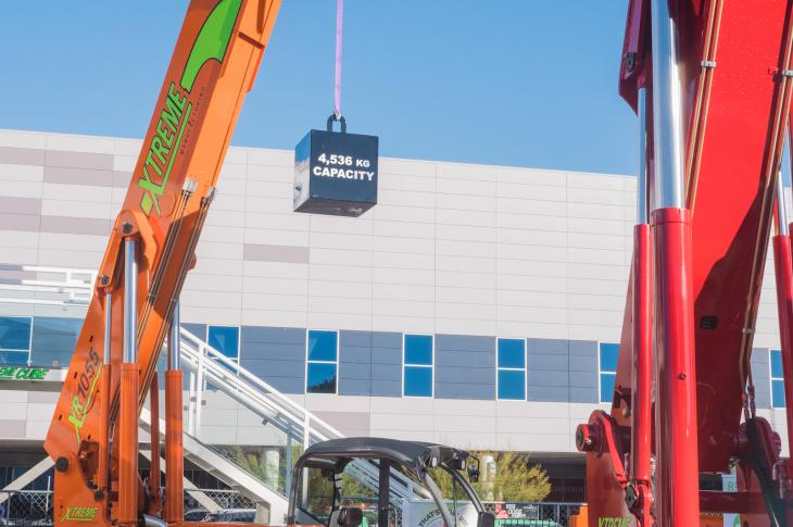 Xtreme XR1055 telehandler has a rated lift capacity of 10,000 pounds